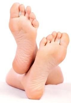 feet - Tea Tree Oil